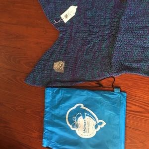 NEW Mermaid blanket with necklace and tote bag